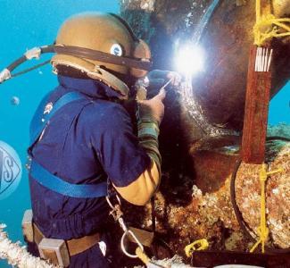 专业水下施工焊接方式有哪几种?其施工复杂吗?
