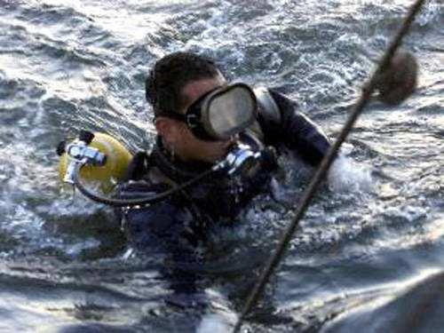 金属在水中怎样切割?采用的是水下切割技术?